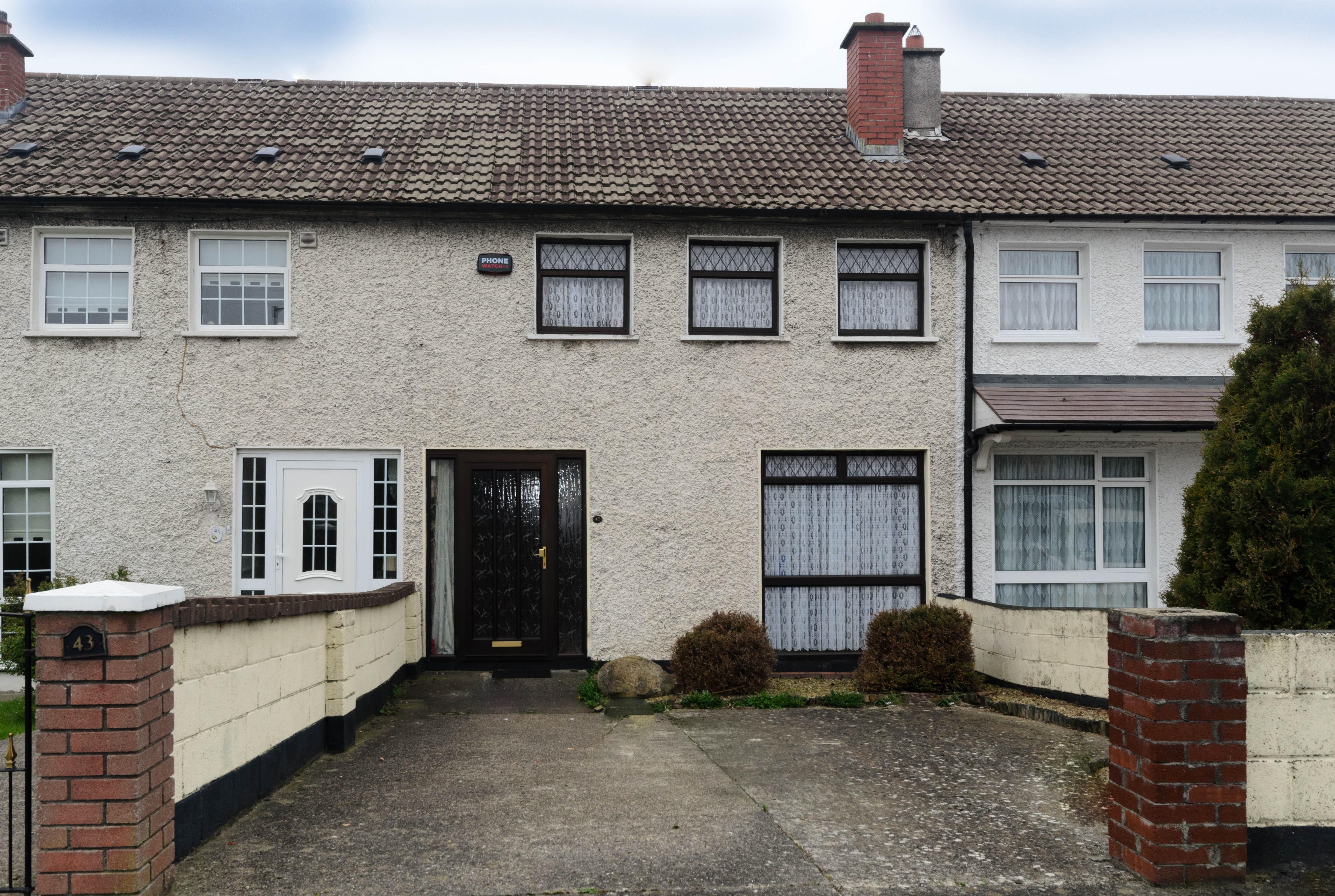 42 Willow Vale, Ballybrack, Co Dublin.