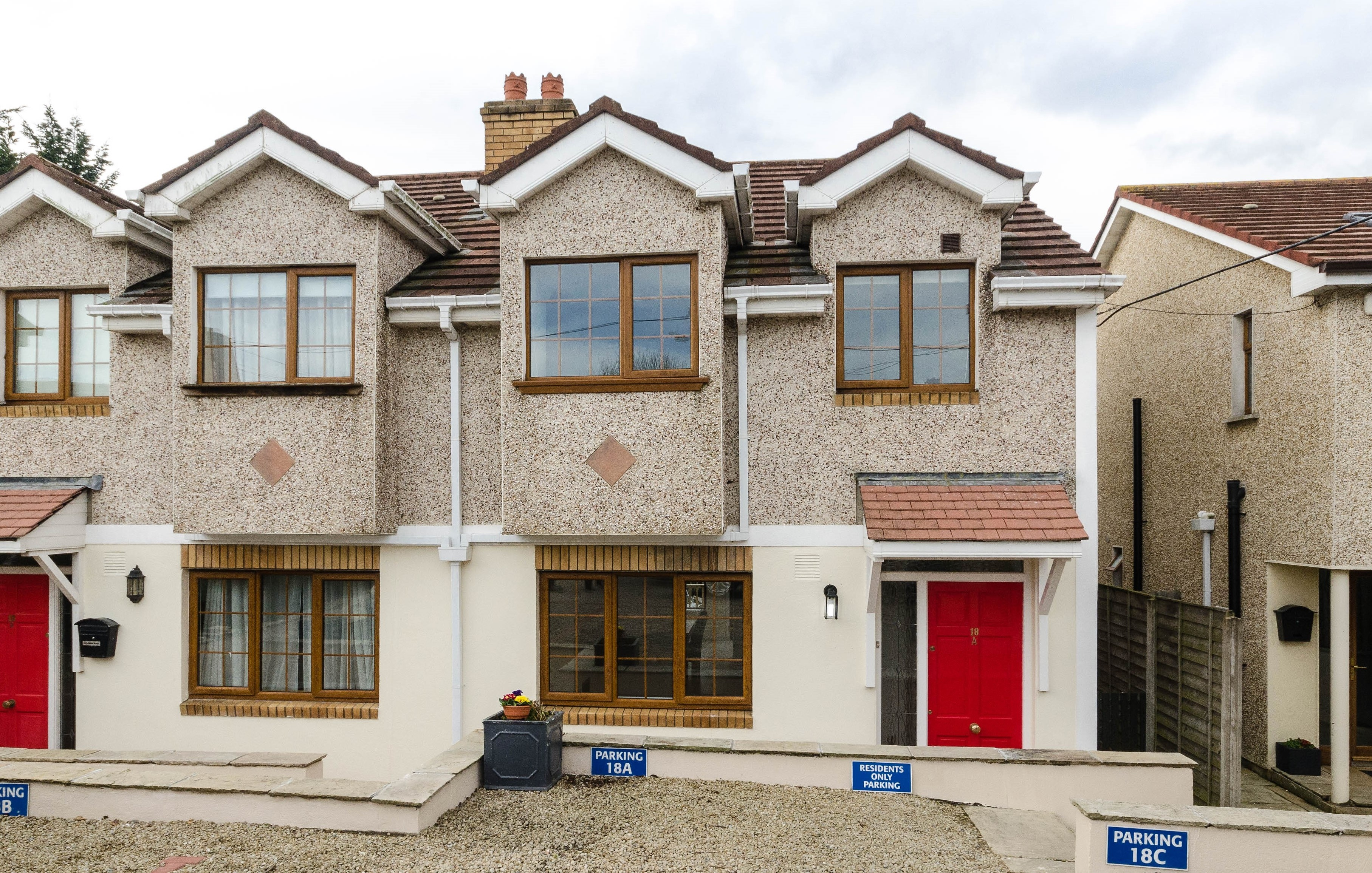 18a Honey Park Cottages, Sallynoggin, Co Dublin.